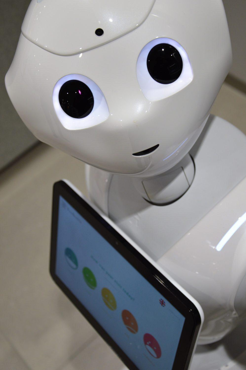 Pepper Robot Kalasatama Feedbackly